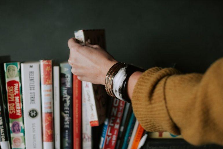 rekomendasi buku terbaik tentang keuangan